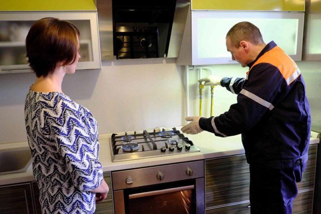 Проверка работы газовой плиты
